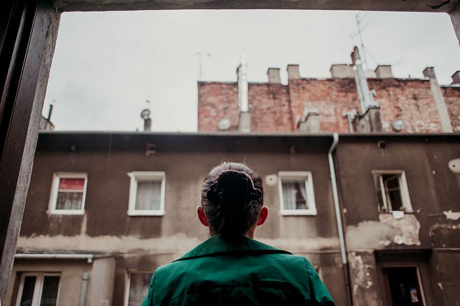 Latający dom dobrej śmierci. Projekt zrealizowany w ramach Festiwal Sztuki Współczesnej w Przestrzeni Publicznej Arteria w Częstochowie. Autorka, artystka wizualna: Urszula Kluz-Knopek