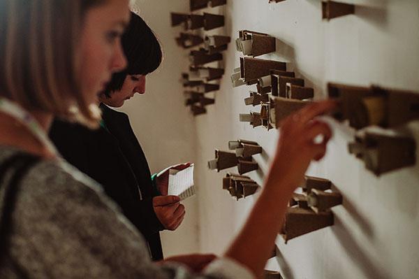 Latający Dom Dobrej Śmierci to projekt Urszuli Kluz-Knopek zrealizowany w ramach festiwalu arteria w Częstochowie